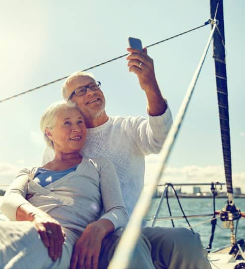 Immigrate or Emigrate to Mauritius   Happy retired couple